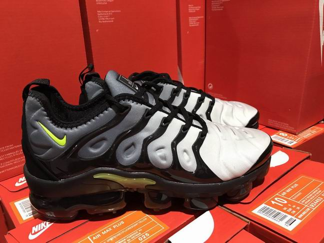 men NIKE AIR VAPORMAX PLUS 2018-040