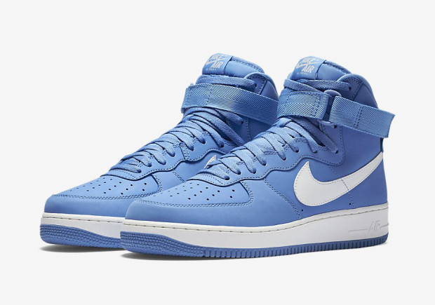 men air force one low 2016-3-29-016