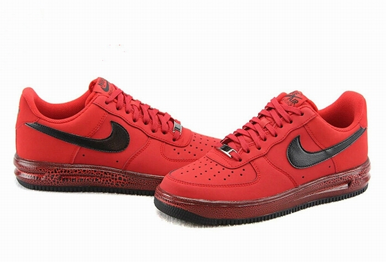 men air force one low 2016-3-29-028