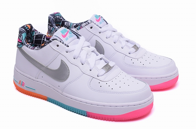 men air force one low 2016-3-29-049