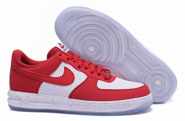 men air force one low 2016-3-29-052
